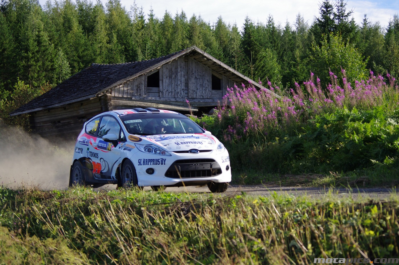 motapics-wallpaper-finland-rally4_1400px.jpg